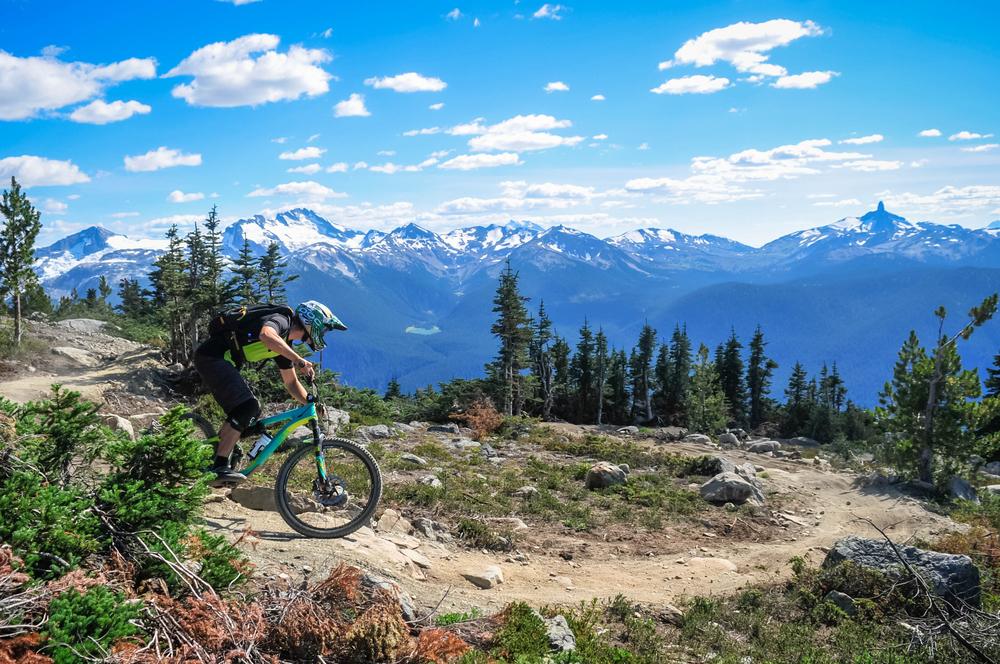 Mountain-biking-in-Whistler-British-Columbia-Canada